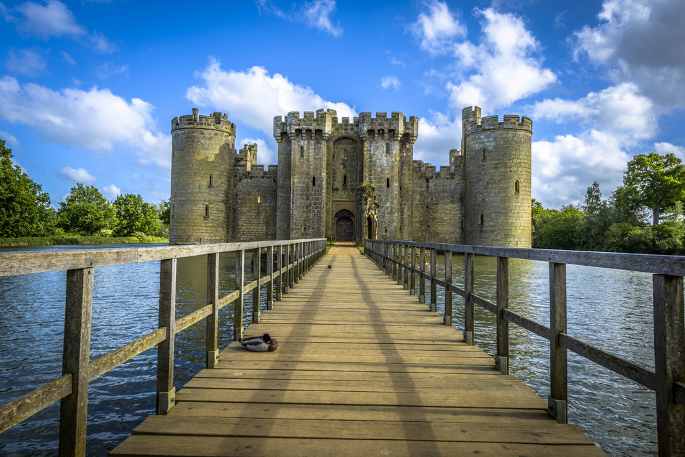 bodiam castle travel england